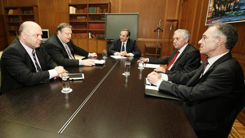 Das neue Kabinett in Griechenland vereidigt  - ảnh 1