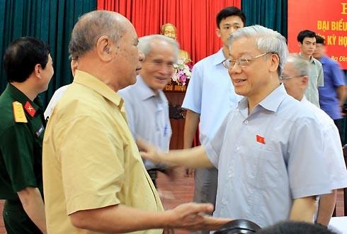 KPV-Generalsekretär trifft Wähler einiger Stadtviertel in Hanoi - ảnh 1