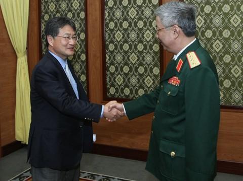 Verstärkung der Verteidigungskooperation zwischen Vietnam und USA - ảnh 1