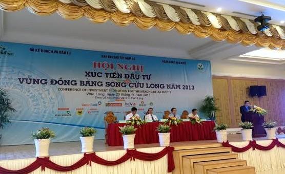 Eröffnung des Wirtschaftsforums im Mekong-Delta 2013 - ảnh 1