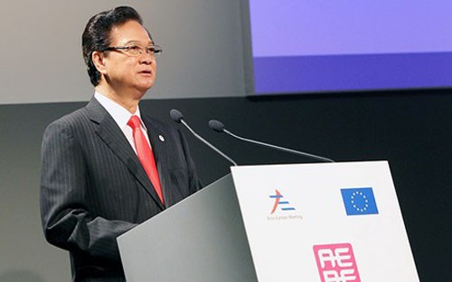 Premierminister Nguyen Tan Dung nimmt an inoffiziellem ASEAN-EU-Gipfel teil - ảnh 1