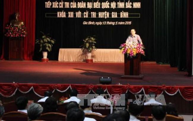 Leiter der ZK-Personalabteilung der KPV To Huy Rua trifft Wähler der Stadt Bac Ninh - ảnh 1