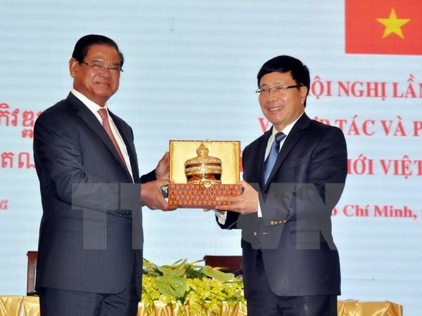 Grenzprovinzen Vietnams und Kambodschas verstärken ihre Kooperation - ảnh 1