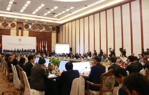 Ostasiatische Länder bemühen sich um Wirtschaftsintegration - ảnh 1