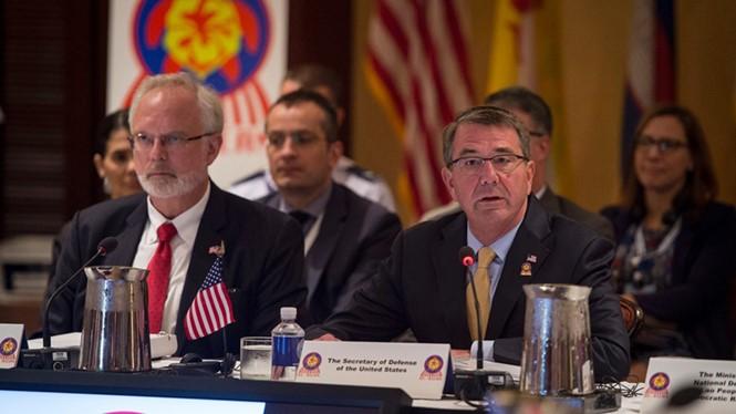 USA werden gemeinsam mit ASEAN Herausforderungen der Region bekämpfen - ảnh 1