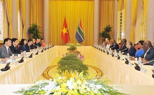 Südafrikas Vizepräsident besucht Hai Phong - ảnh 1