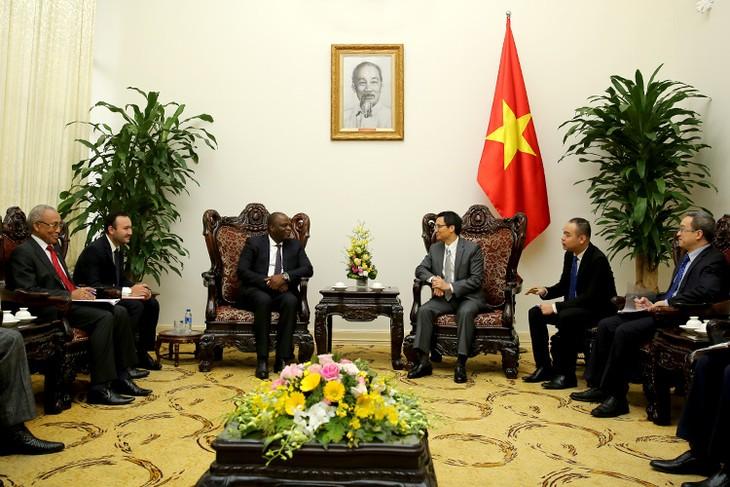 Vietnam ist bereit für Austausch der Erfahrungen in Telekommunikation mit Angola - ảnh 1