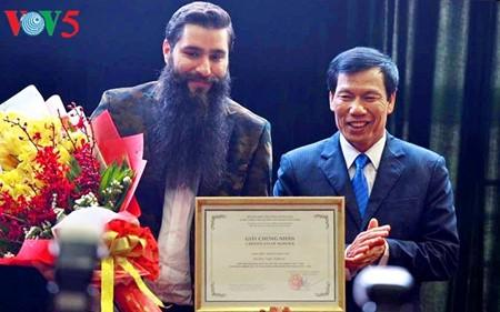 "Regisseur des Films ""Kong: Skull Island"" wird Tourismusbotschafter für Vietnam - ảnh 2"
