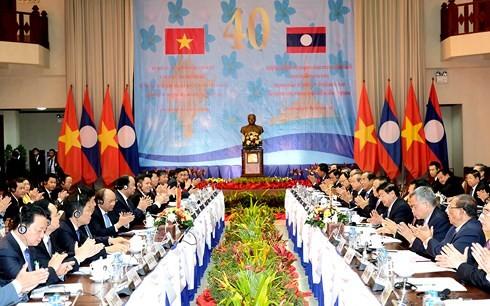 40. Sitzung der vietnamesisch-laotischen Regierungskommission - ảnh 1