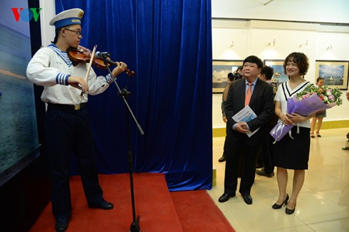 """本台记者举行""""长沙——我到的地方""""摄影展 - ảnh 5"""