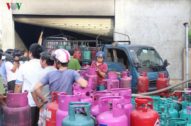 9月胡志明市12公斤罐装煤气价格上涨6000越盾 - ảnh 1