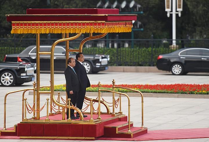 越南政府总理阮春福访华全程图片集锦 - ảnh 7