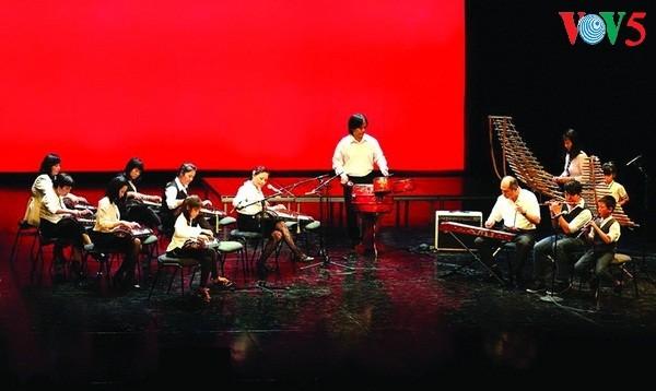 Giữ hồn Việt nơi đất khách: Khẳng định Giá trị Việt bằng âm nhạc dân tộc - ảnh 1
