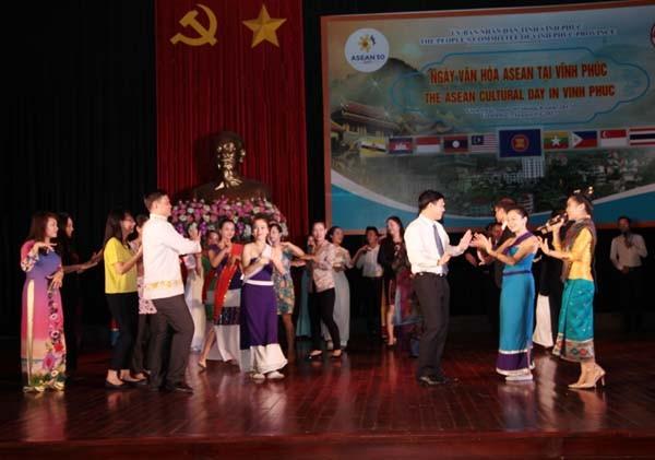 Journée de la Culture aséanienne à Vinh Phuc - ảnh 1