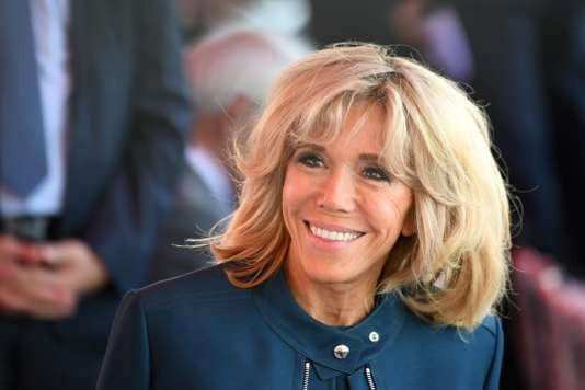 L'Elysée publie la charte de transparence sur le rôle et le statut de Brigitte Macron - ảnh 1