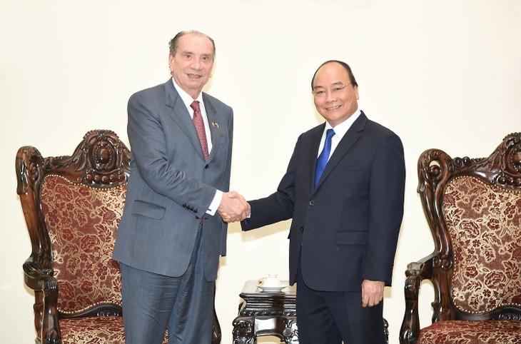 Le PM reçoit le ministre brésilien des AE - ảnh 1