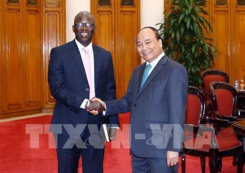 Nguyen Xuan Phuc rencontre le directeur de la Banque mondiale au Vietnam - ảnh 1