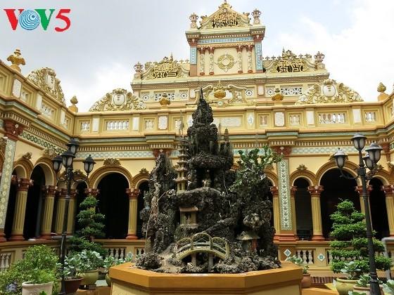 Vinh Tràng, un site incontournable pour les bouddhistes au Sud - ảnh 2