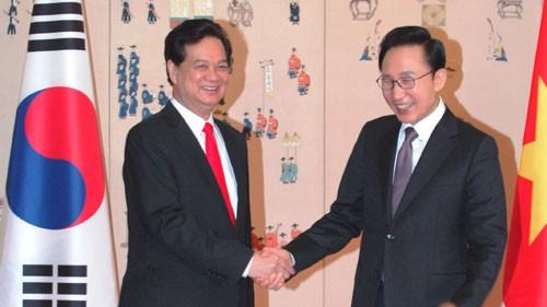 Vietnam und Südkorea verstärken ihre strategische Partnerschaft - ảnh 1