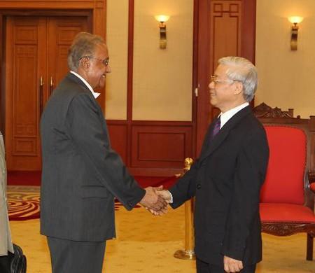 KPV-Generalsekretär trifft Vertreter der KP Indiens - ảnh 1