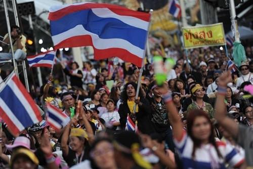 Ministerpräsidentin Yingluck akzeptiert Verhandlungen mit Opposition - ảnh 1