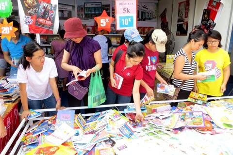 Hanoi - eine unendliche Inspiration für Dichter und Schriftsteller  - ảnh 1
