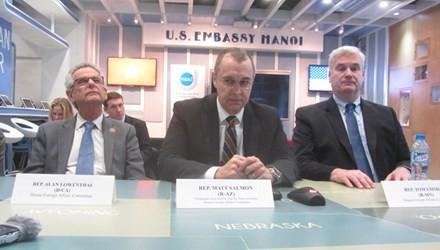 US-Abgeordnete schätzen Entschlossenheit Vietnams zum hohen Wachstum - ảnh 1