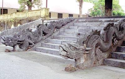 Die kultuerellen und architektonischen Werten des Palastes Kinh Thien - ảnh 1