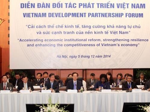 Vietnam bereitet sich auf Entwicklungspartnerschaftsforum 2015 vor - ảnh 1