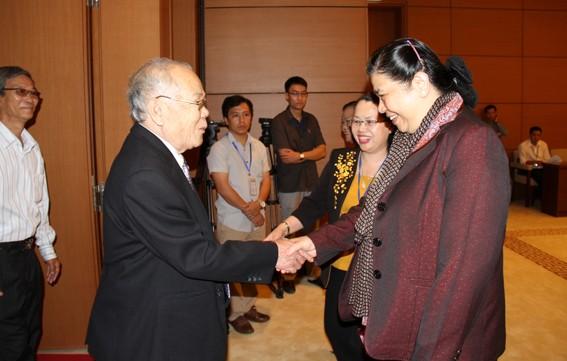 Vize-Parlamentspräsidentin Phong trifft Abgeordnetendelegation aus Dong Nai  - ảnh 1
