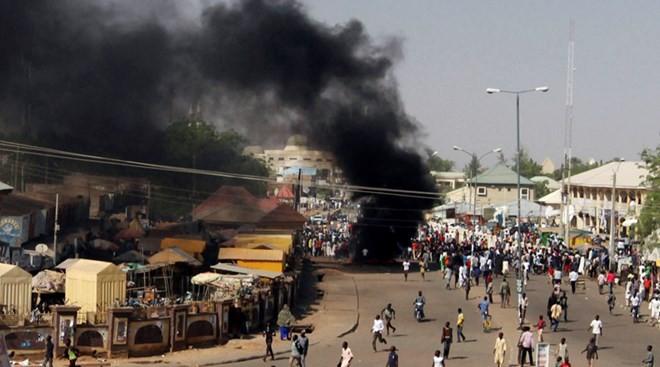 Mindestens 21 Tote bei Bombenanschlag in Nigeria - ảnh 1