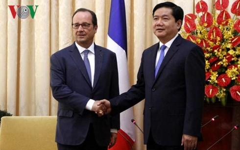 Zahlreiche Vereinbarungen zwischen Frankreich und Vietnam unterzeichnet - ảnh 1