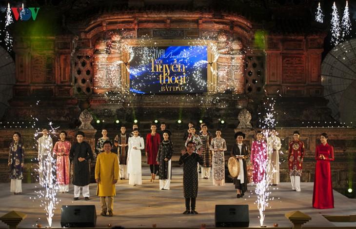 Ao Dai-Festival Hanoi empfängt mehr als 30.000 Besucher - ảnh 1