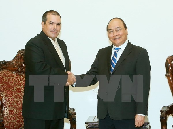 Premierminister Nguyen Xuan Phuc trifft den Präsidenten von Prensa Latina - ảnh 1