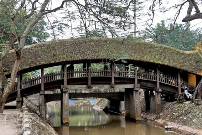 Vorstellung der Ngoi-Brücke, Luong-Pagode und des Phong Lac-Tempels in Hai Hau - ảnh 1
