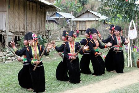 Eindrücke von Wäldern und Gebirgen im Leben und Musik der Kho Mu - ảnh 1