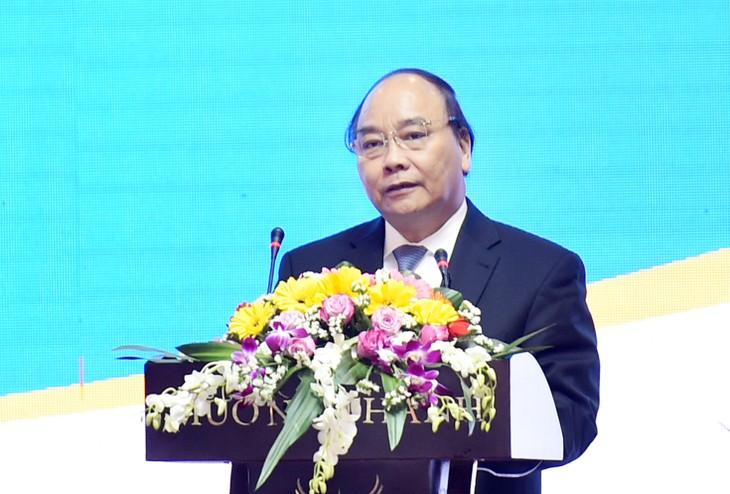 Nguyen Xuan Phuc nimmt an Konferenz zur Investitionsförderung in Quang Nam teil - ảnh 1