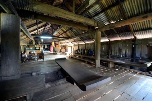 Kpan - die machtvolle Sitzbank der Volksgruppe der Ede - ảnh 1