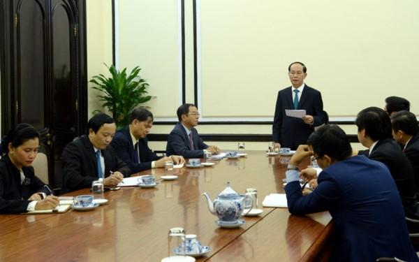Staatspräsident Tran Dai Quang tagt mit Leitern des APEC-Geschäftsberatungsrates - ảnh 1