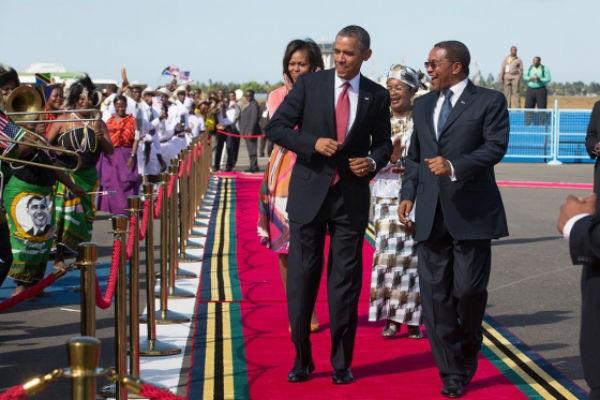 Presiden AS mengakhiri kunjungan di Afrika - ảnh 1
