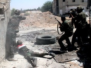 Situasi pertempuran berlangsung sengit di pinggiran ibukota Damaskus, Suriah - ảnh 1