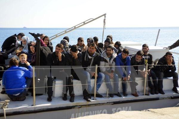 Uni Eropa menghadapi gelombang imigrasi illegal baru - ảnh 1