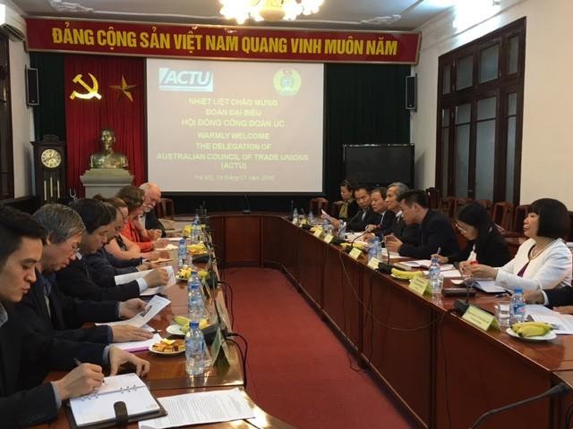 Memperkuat kerjasama serikat buruh antara dua negara Vietnam-Australia - ảnh 1