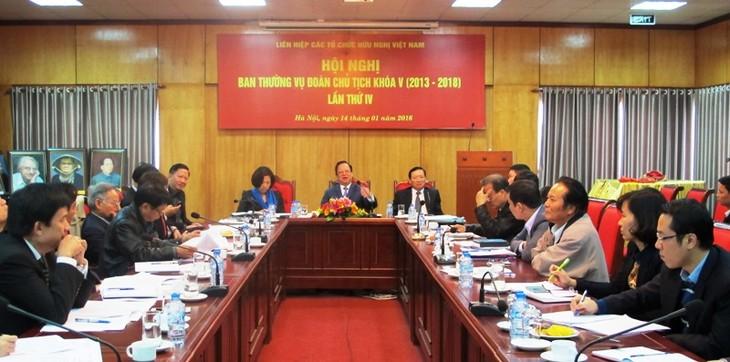 Memperkuat solidaritas, persahabatan dan kerjasama rakyat antara Vietnam dengan negara-negara lain - ảnh 1