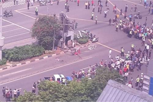 Tilgram ucapan belasungkawa tentang serangan bom teror di Indonesia - ảnh 1