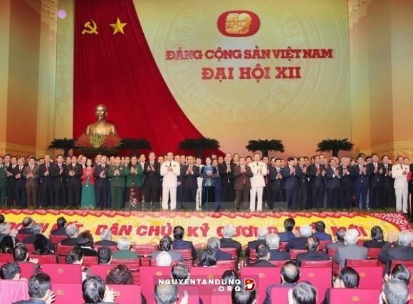 Rakyat di seluruh negeri merasa gembira atas suksesnya Kongres Nasional ke-12 PKV - ảnh 1
