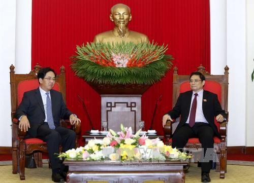 Mengembangkan hubungan kemitraan strategis yang komprehensif Vietnam-Tiongkok - ảnh 1