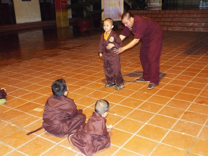 Mengunjungi satu kursus main silat di pagoda Bang A, kota Hanoi - ảnh 8