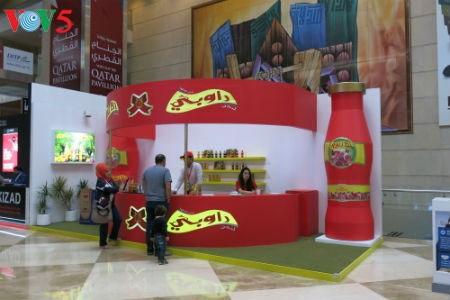 Tiga puluh tiga  badan usaha Vietnam menyosialisasikan pertanian hijau di Pekan Raya Gulfood, Dubai  - ảnh 18