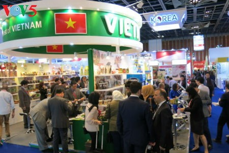 Tiga puluh tiga  badan usaha Vietnam menyosialisasikan pertanian hijau di Pekan Raya Gulfood, Dubai  - ảnh 8